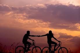 Sevmek İçin Doğarız